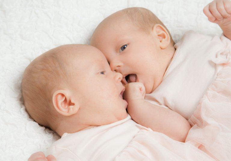 Geschwisterliebe, Zwillinge
